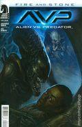 Alien vs. Predator Fire and Stone (2014 Dark Horse) 2