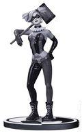 Batman Black and White: Harley Quinn Statue (2016 DC) Designed by Lee Bermejo ITEM#1