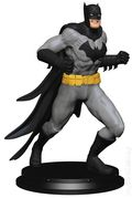 Batman Collectible Statue Paperweight (2017 Icon Heroes) ITEM#1