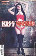 Kiss Vampirella (2017 Dynamite) 3D
