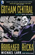 Gotham Central TPB (2011-2012 DC) Deluxe Edition 2-REP