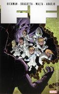 FF TPB (2012-2013 Marvel) By Jonathan Hickman 4-1ST