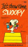 It's show time, Snoopy PB (1975 Fawcett Crest) 1-REP