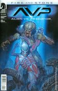 Alien vs. Predator Fire and Stone (2014 Dark Horse) 4