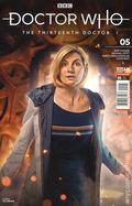 Doctor Who the Thirteenth Doctor (2018 Titan) 5B