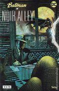 Batman in Noir Alley (2014 DC) 0