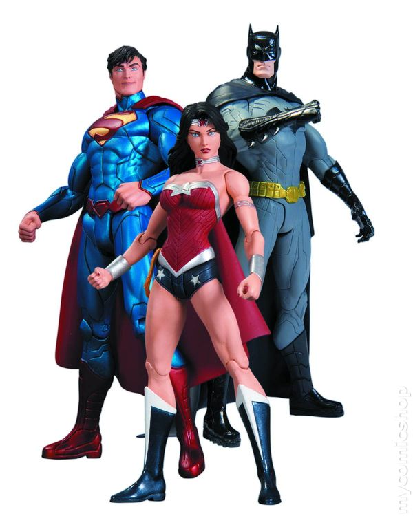 Trinity War: Superman, Wonder Woman and Batman Action ...