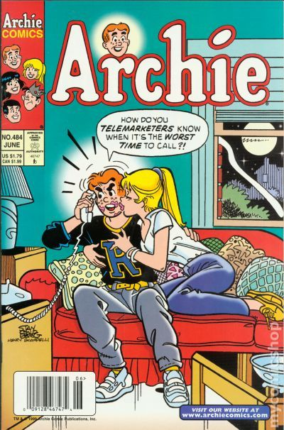 Comic Books In Lipstick Kiss-3864